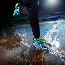 005 Running In Rain cover art