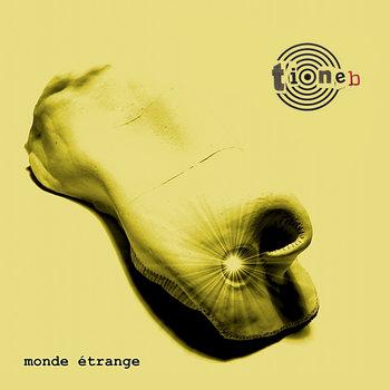 Monde étrange by Tioneb