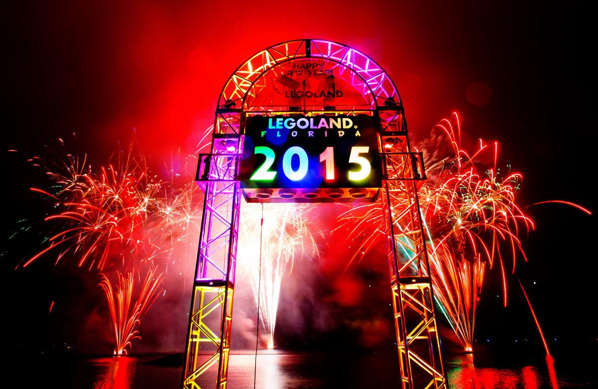Download Happy New Year Movie Mp4 Free Sbcxqa Onlinenewyear Site