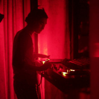 Live @ EMC 2001 by Jaro Sounder