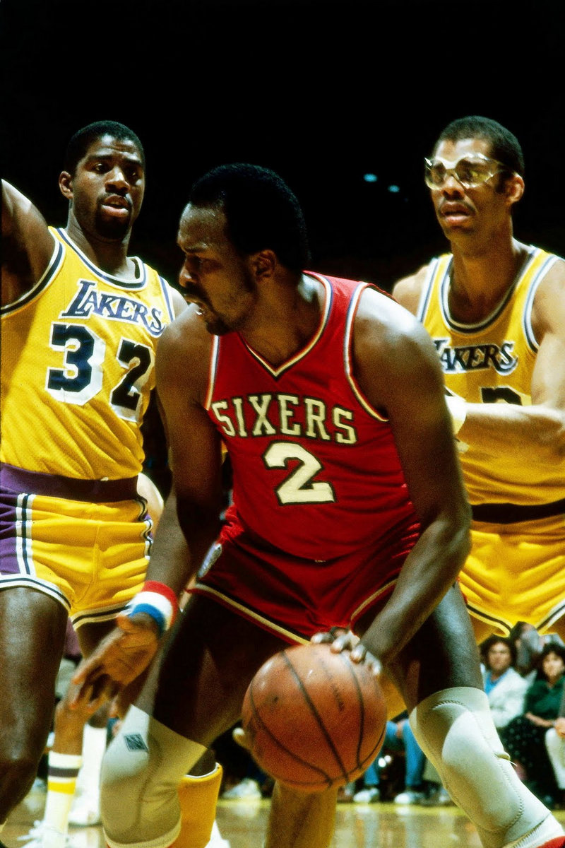 MOSES MALONE ASS ATTACK