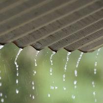 101 Rain On A Tin Roof cover art