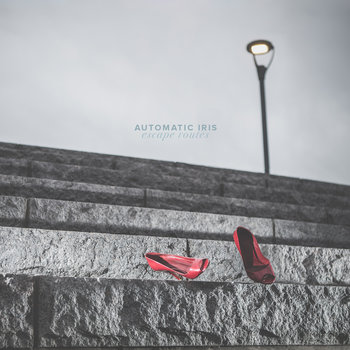 Escape Routes by Automatic Iris