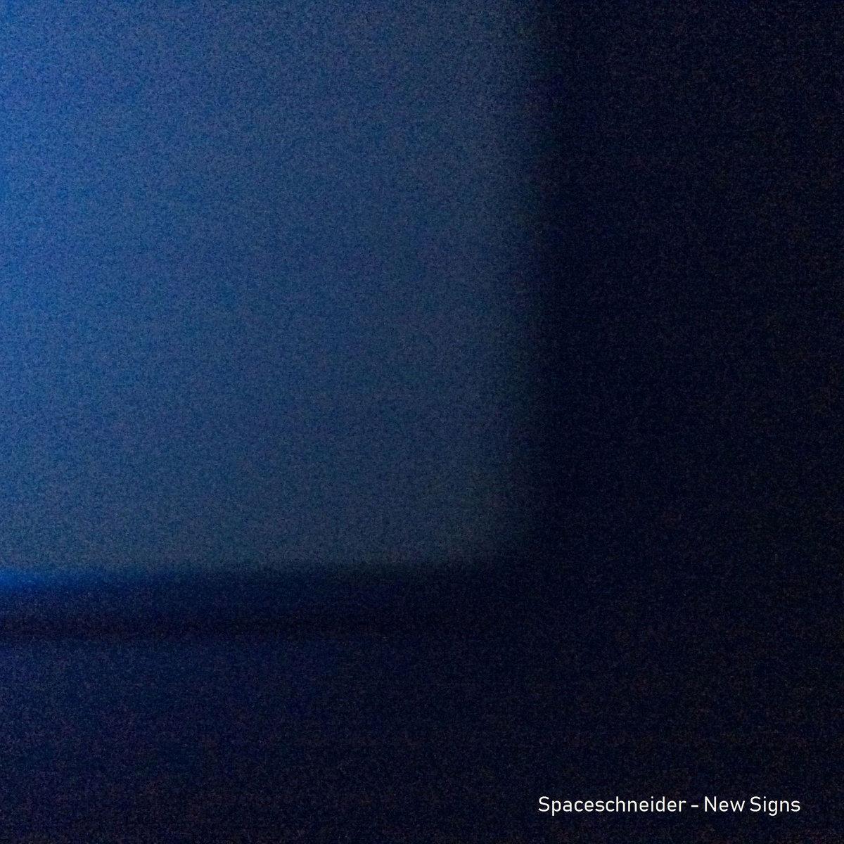Strumming Ukulele Slips (Violin and Beat)   Spaceschneider