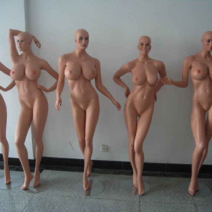 секс девушек с манекенами фото