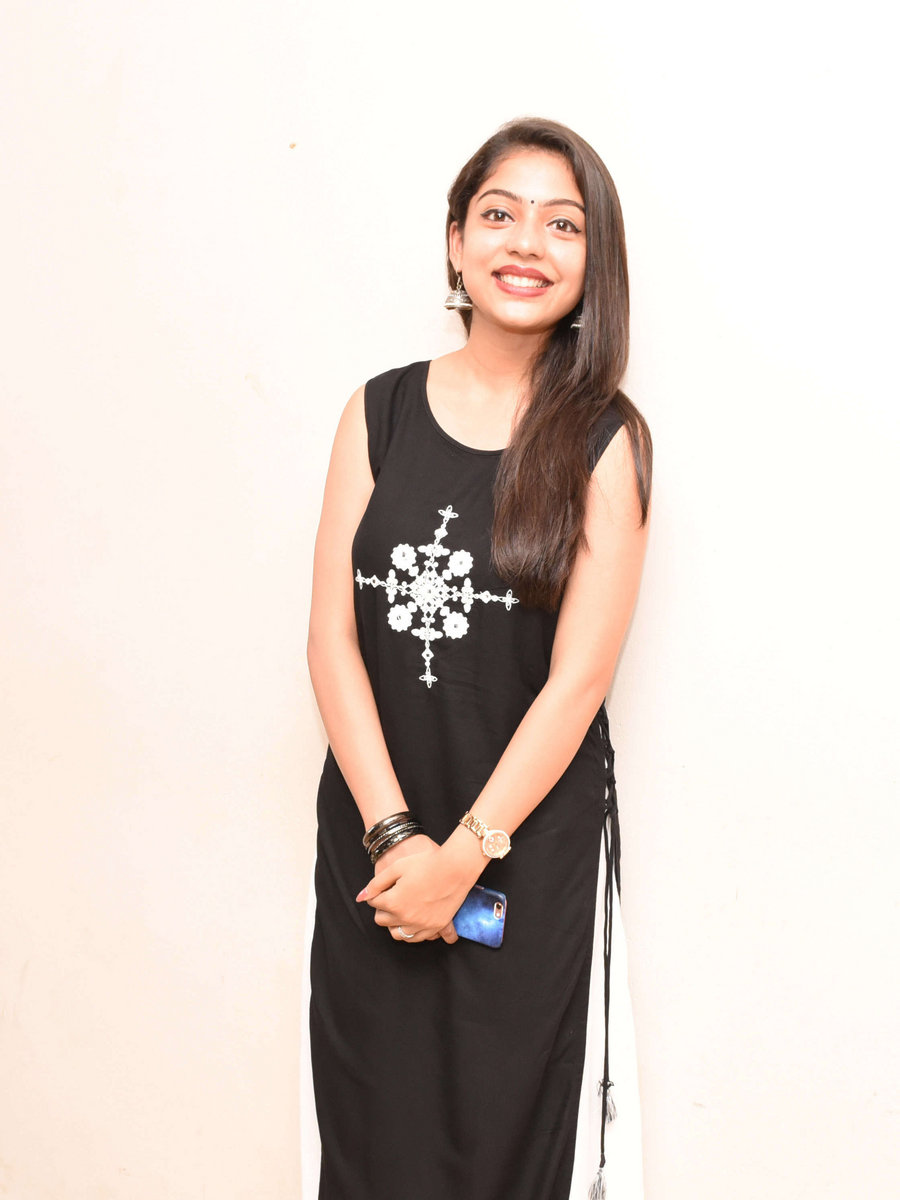 Suhagraat Se Pehle hindi movie mp4 download