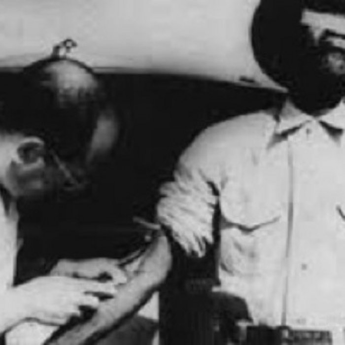 tuskegee syphilis experiment Abstract the tuskegee study of untreated syphilis in the negro male is the longest nontherapeutic experiment on human beings in medical history.