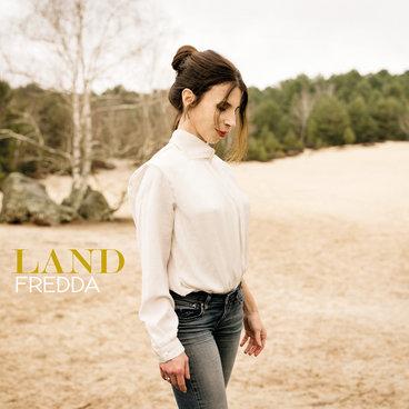 Land main photo